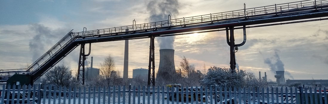 Scunthorpe steelworks in winter.