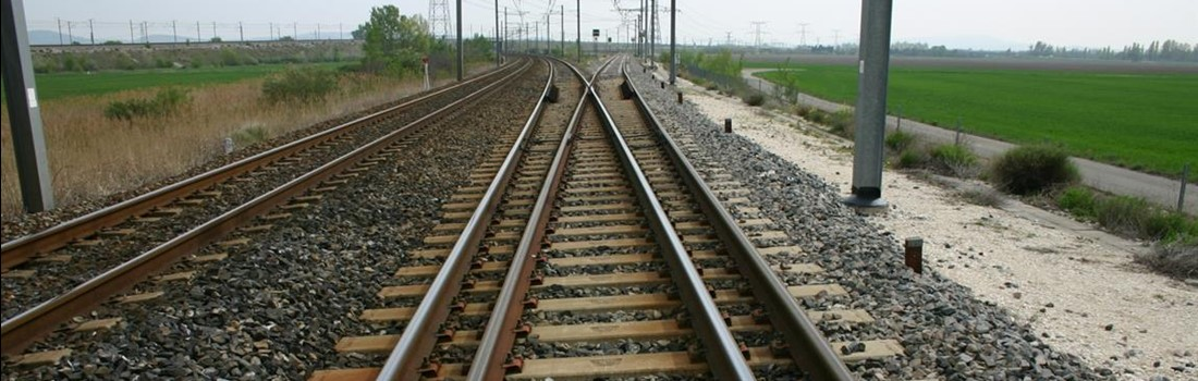 Sogenox stainless steel rails in railway tracks enabling reliable and safe track circuit signalling.